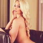 Lindsey Pelas98