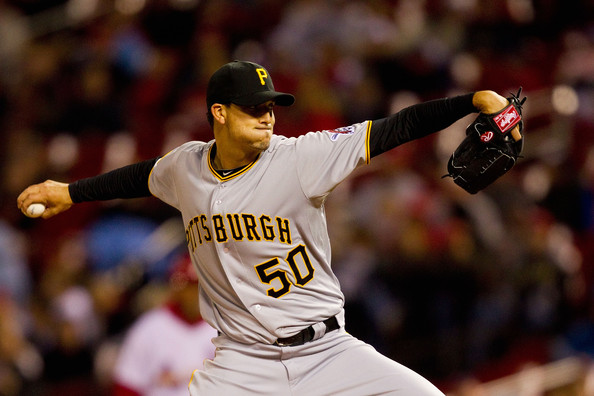 Astros agree to 2-year deal with Charlie Morton