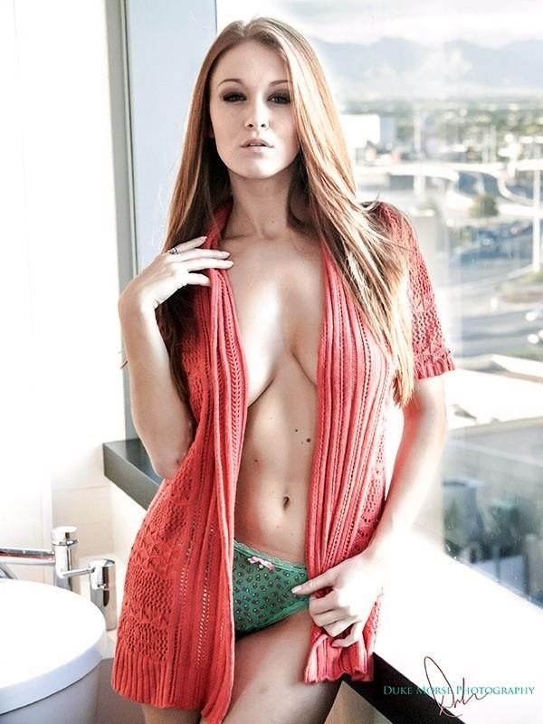 Leanna Decker Beautiful Redhead Most Wonder Woman Reddpics 1