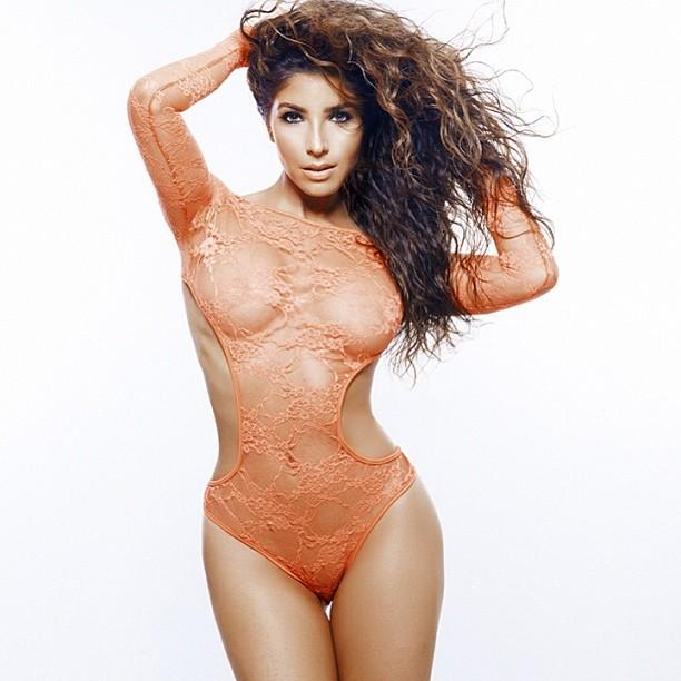 Melissa Molinaro  nackt