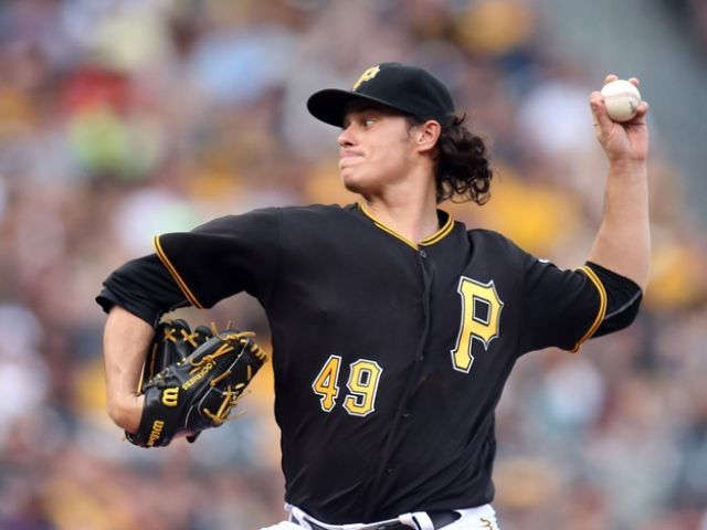 Marlins agree to 1-year deal with Jeff Locke