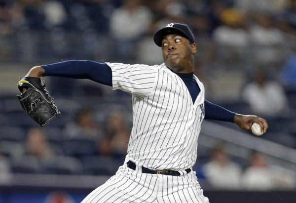 Aroldis Chapman agrees to a 5-year, $86M deal with Yankees