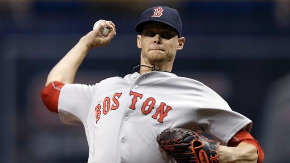 Phillies acquire Clay Buchholz from Red Sox