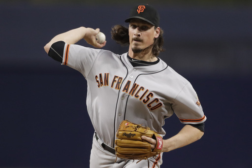 Samardzjia, Giants beat Padres 2-1 to keep pace with Mets