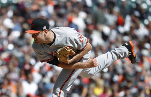 Tillman outduels Verlander, O's top Tigers to increase lead