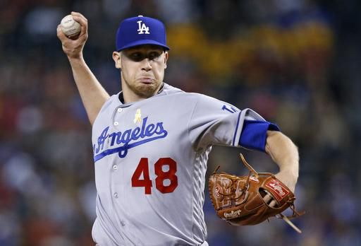 Stewart, Dodgers bullpen beat D-backs 6-2