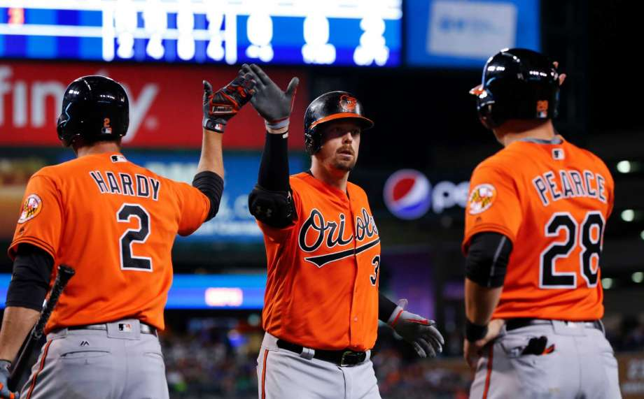 Wieters hits 2 of Orioles' 4 homers in 11-3 rout of Tigers