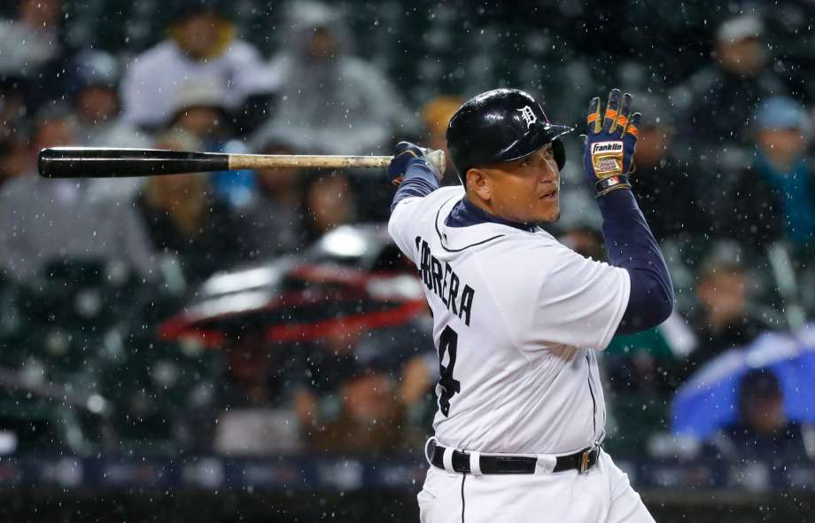 Cabrera's homer gives Tigers rain-shortened win over Indians