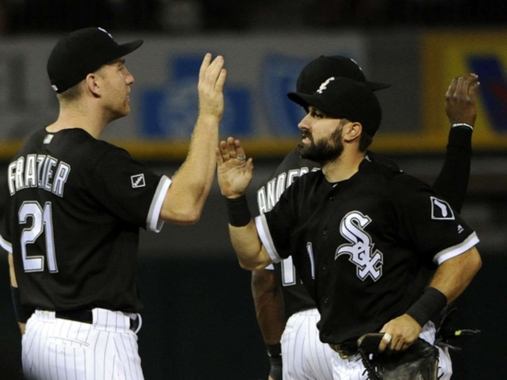 White Sox use seven-run 6th to rout Indians again, 8-1
