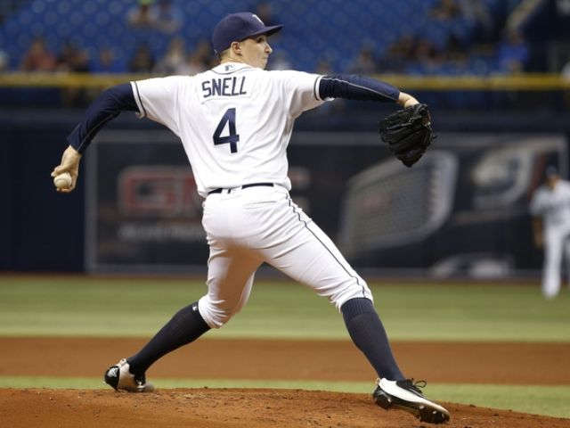 Yankees stumble in 2-0 loss to Rays, Snell