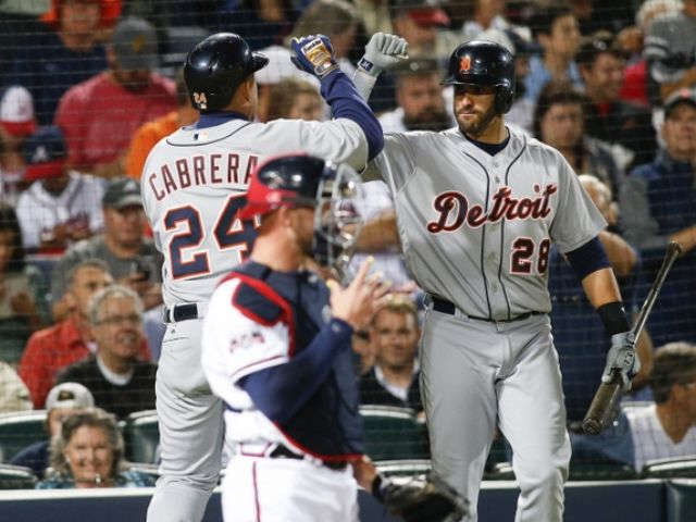 Cabrera 2 HRs, Tigers move up in playoff race, beat Braves