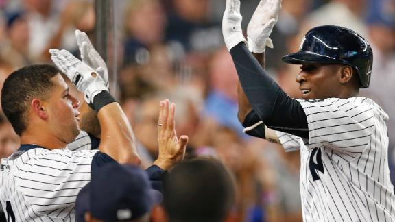 Off bench, Ellsbury & Gregorius power Yankees past Dodgers 3-0