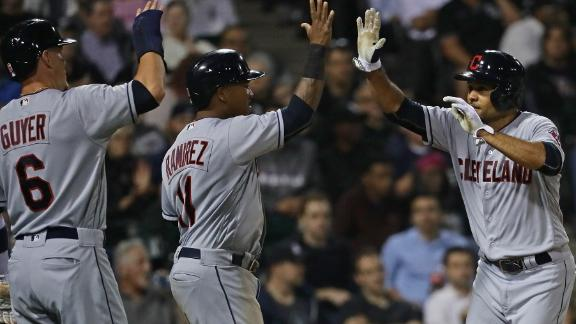 Tomlin, Crisp lead Indians over White Sox 6-1