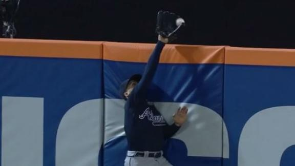 Robbed! Cespedes denied game-winning HR, Mets lose to Braves