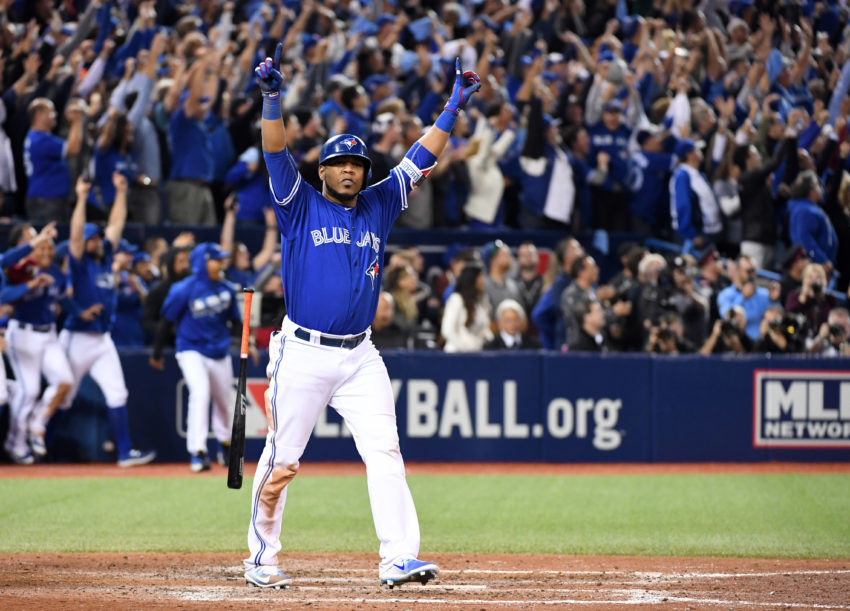 Encarnacion delivers walk-off HR in 11th as Blue Jays advance to ALDS