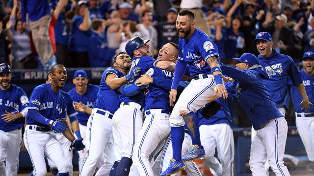 Blue Jays sweep Rangers, reach ALCS with walk-off win