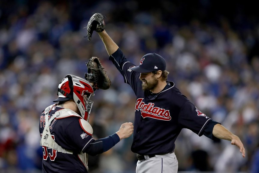 Cleveland bullpen shines again, Indians up 3-0 in ALCS