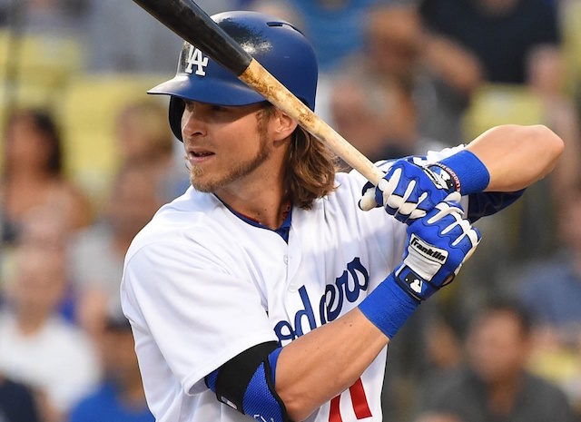 Josh Reddick agrees to a 4-year, $52M deal with Astros
