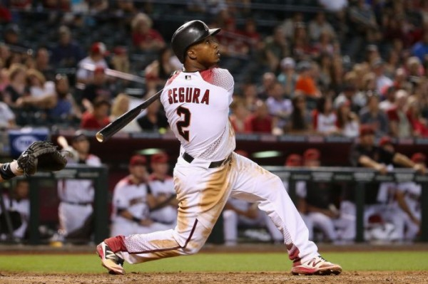 Mariners acquire Jean Segura in five-player trade with D-backs