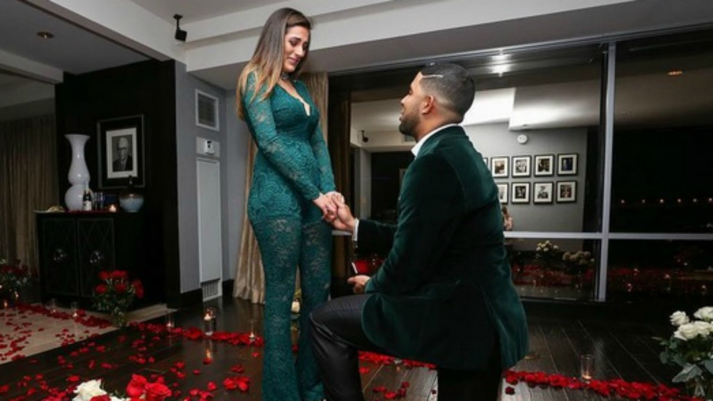 Elvis Andrus says marriage proposal was more nerve-racking than World Series