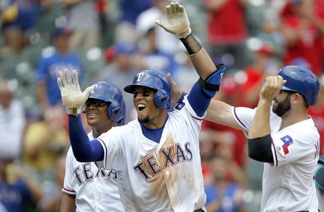 Carlos Gomez agrees to a one-year, $11.5M deal with Rangers