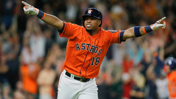 Angels agree to a two-year deal with Luis Valbuena
