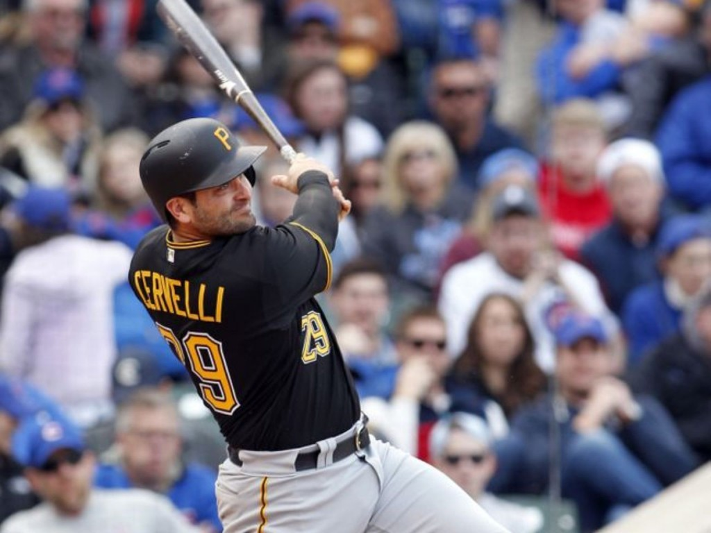 Pirates hold off Cubs, snap 4-game skid