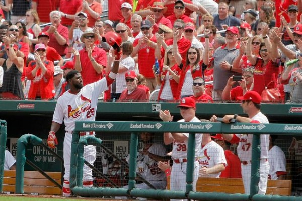 Dexter Fowler hits first 2 home runs with Cardinals, who sweep Pirates
