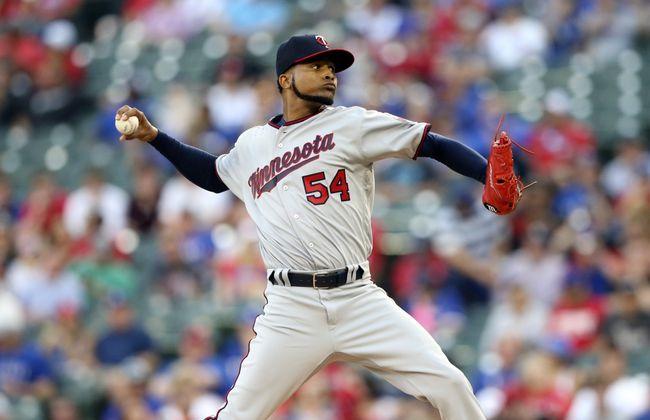 Santana, seven-run fifth inning lead Twins over Rangers 8-1