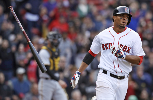 Bogaerts' RBI single caps 3-run 8th, Red Sox top Pirates 4-3