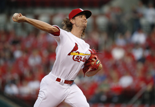 Fowler, Leake lead Cardinals past Marte-less Pirates 2-1