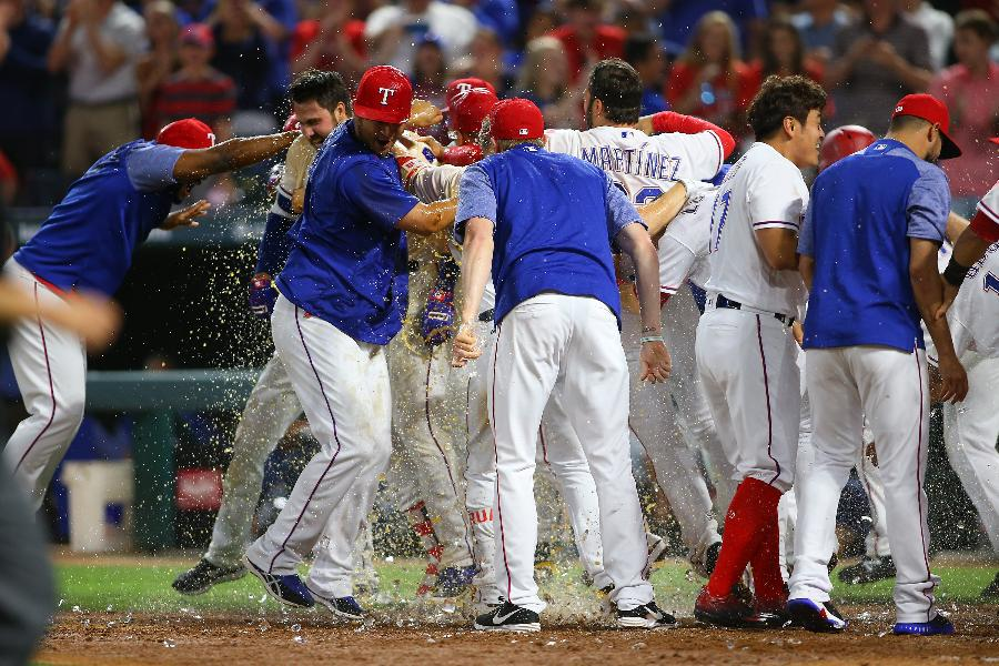 Gallo's game-ending 3-run HR, Rangers win 5-2 over Oakland