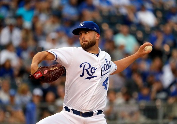 Duffy dominates as Royals top Yankees 5-1 to avoid sweep