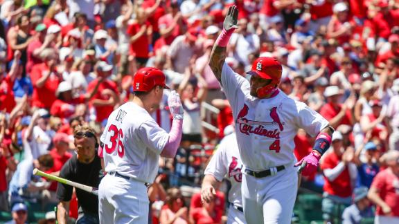 Molina homers twice to help Cardinals beat Cubs 5-0