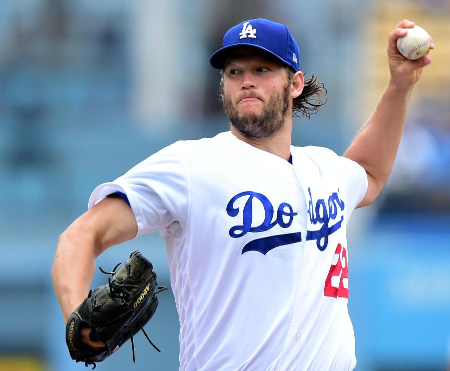 Kershaw pitches Dodgers past Strasburg, Nats 2-1