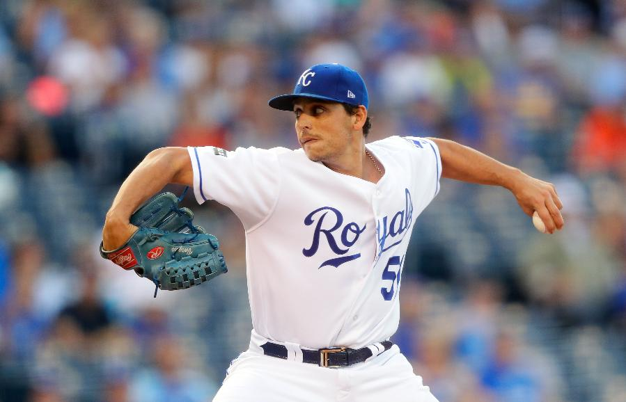 Vargas pitches Royals past Astros 7-5