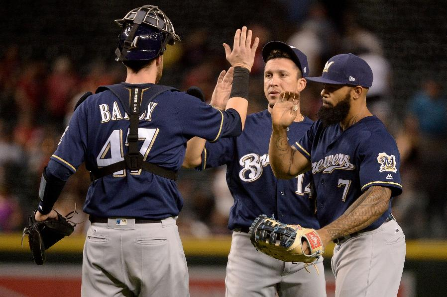 Brewers end D-backs' 9-game home win streak with 8-6 victory