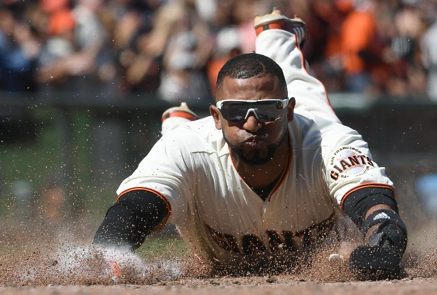 Giants break out of offensive funk with 13-8 win over Twins