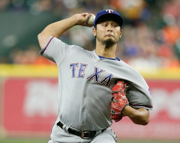 Dodgers acquire Yu Darvish from Rangers for 3 prospects