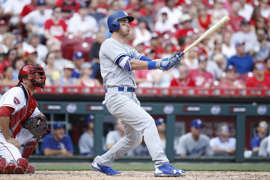 4 Dodgers homers take edge off Rose honors, beat Reds 10-2