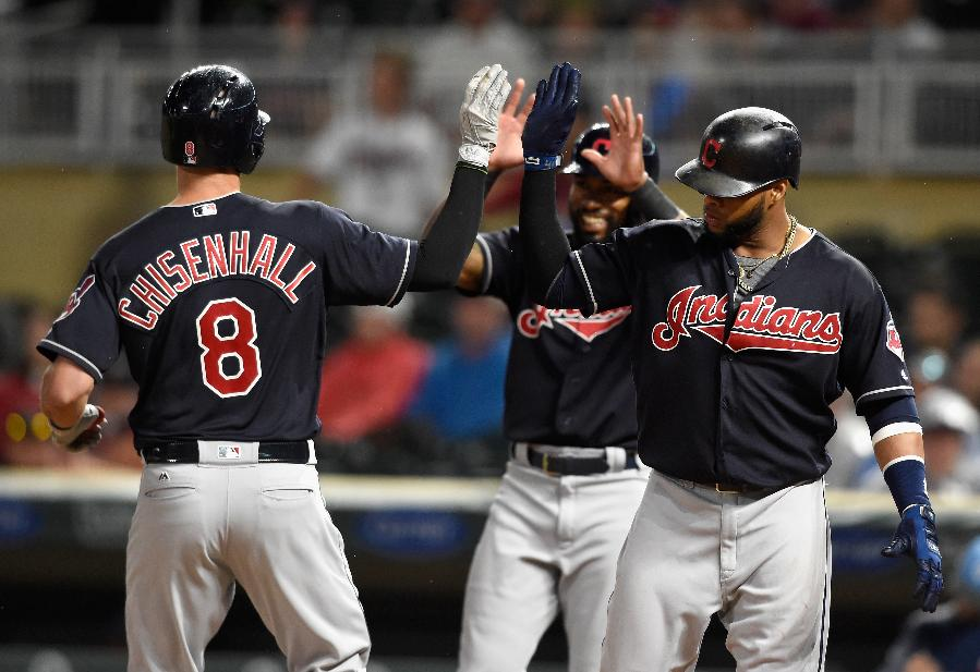 Indians power past Twins into 1st place with 9-3, 6-2 sweep