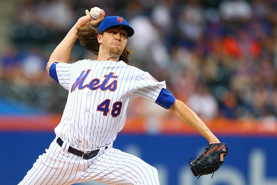 Mets edge Phillies 2-1 behind 12 Ks from dominant deGrom