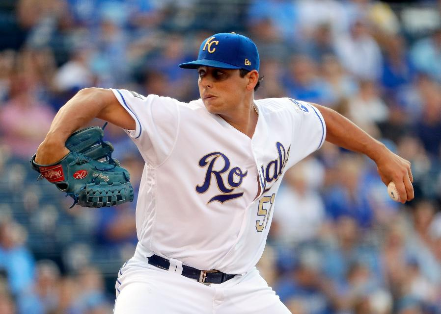 Vargas earns 12th win in Royals' 8-1 victory over Twins