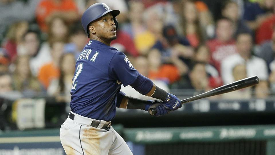 Jean Segura signs a five-year, $70M contract extension with Mariners