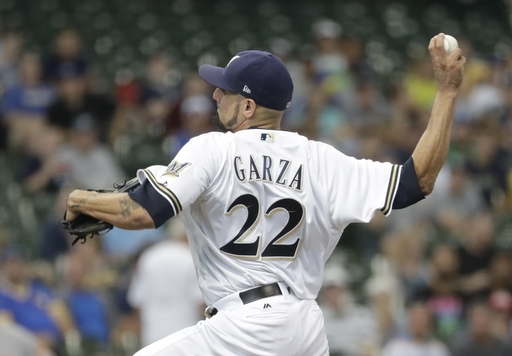 Garza, Broxton lift Brewers to sweep of Orioles