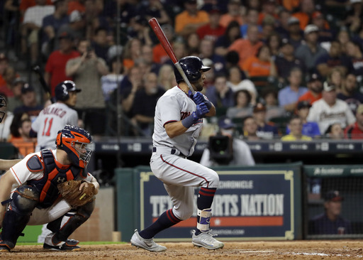Rosario's 2-run double helps Twins over Astros 4-2