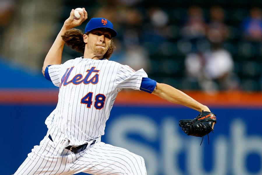 DeGrom wins 6th straight start, Mets rout Rockies 14-2
