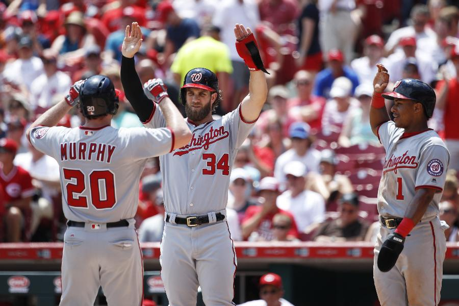 Murphy's 2 homers lead Nationals to 14-4 rout of Reds