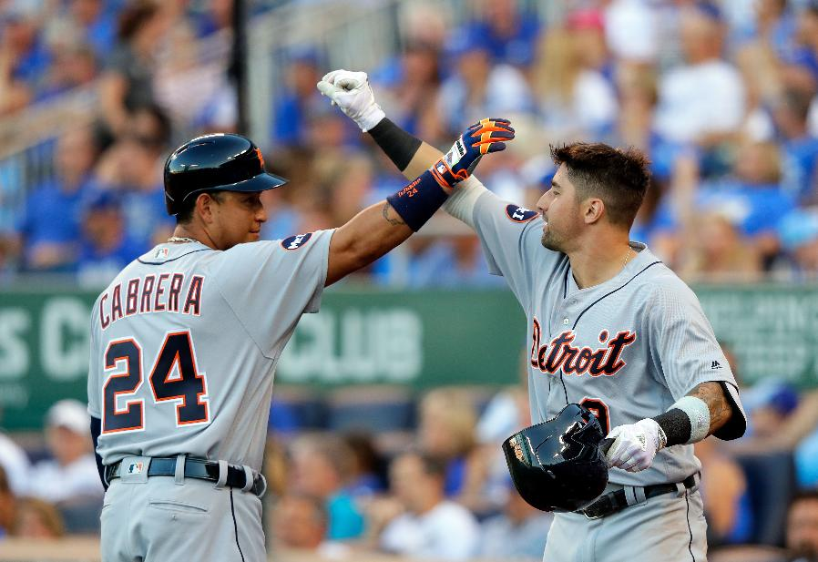 Zimmermann, home runs send Tigers to 10-2 rout of Royals