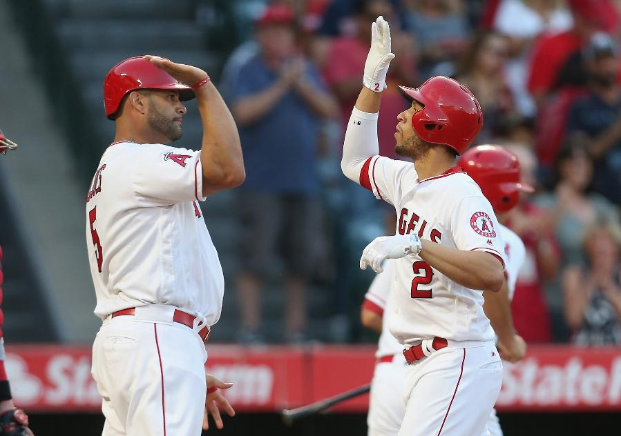 Simmons slugs Angels to 7-3 win over Red Sox